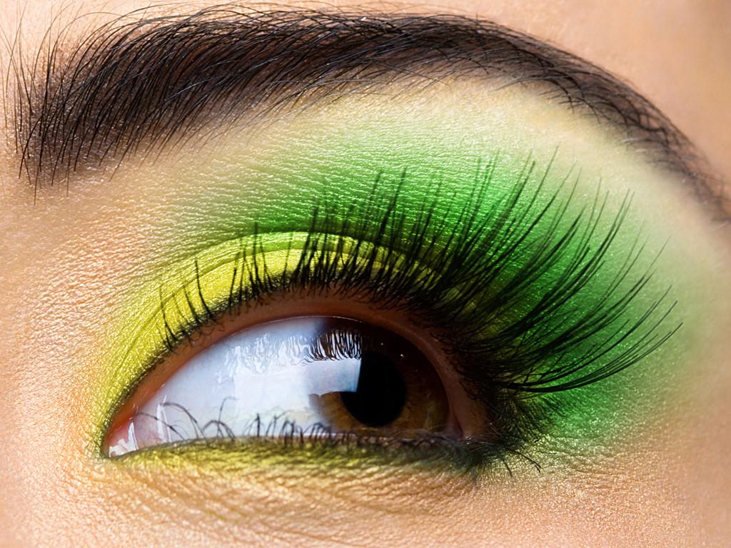http://4.bp.blogspot.com/-j2KVjdT3eBg/TuOowAZSvfI/AAAAAAAADKM/igelEmbYeL8/s1600/eye-makeup-looks.jpg