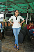 Anajana Deshpande glamorous photos-thumbnail-13
