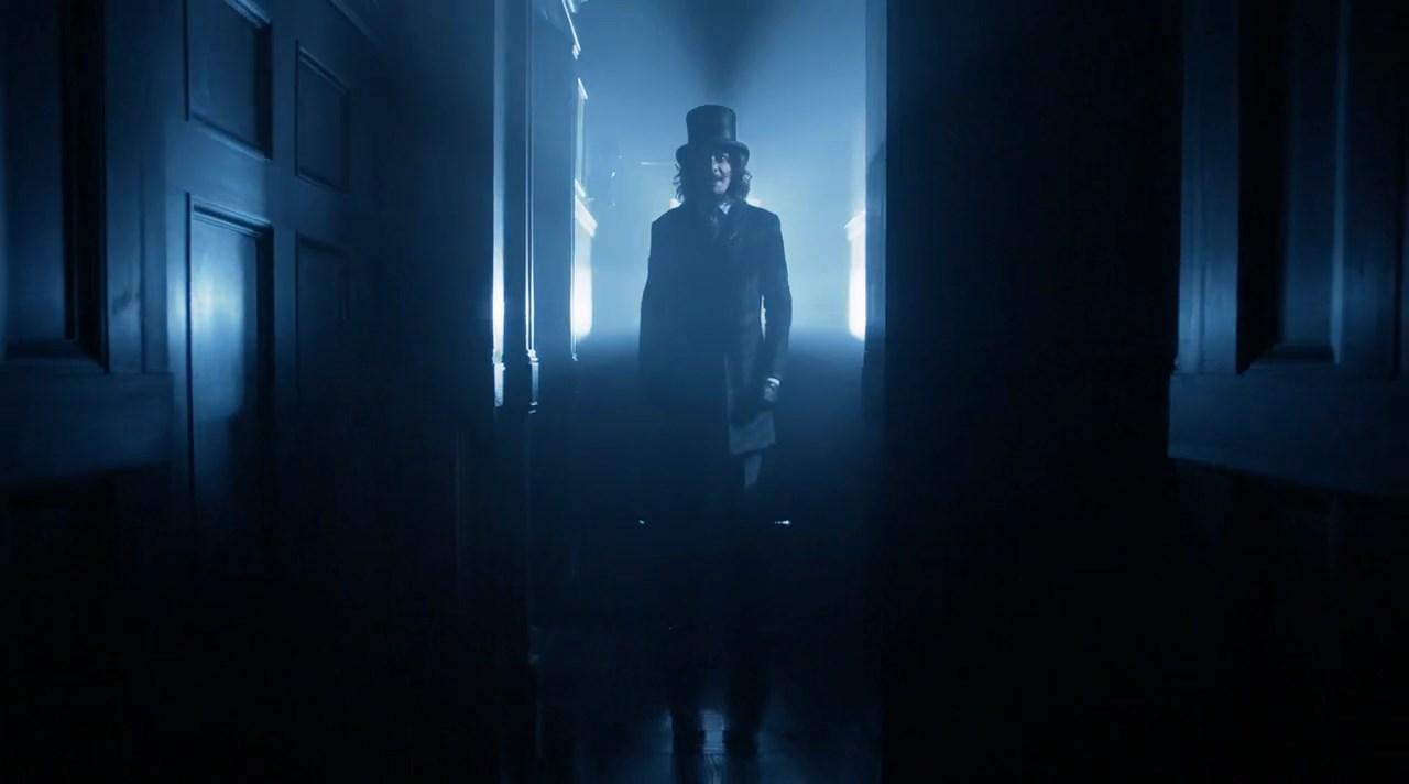 Gotham [3x03] 720p-1080p | WEB-DL | LAT-EN