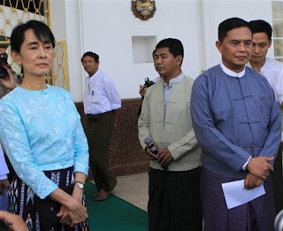 >Suu meets 4th time with Aung Kyi