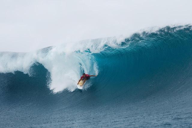 19 Julian Wilson Billabong Pro Tahiti 2015 Foto Stephen Robertson