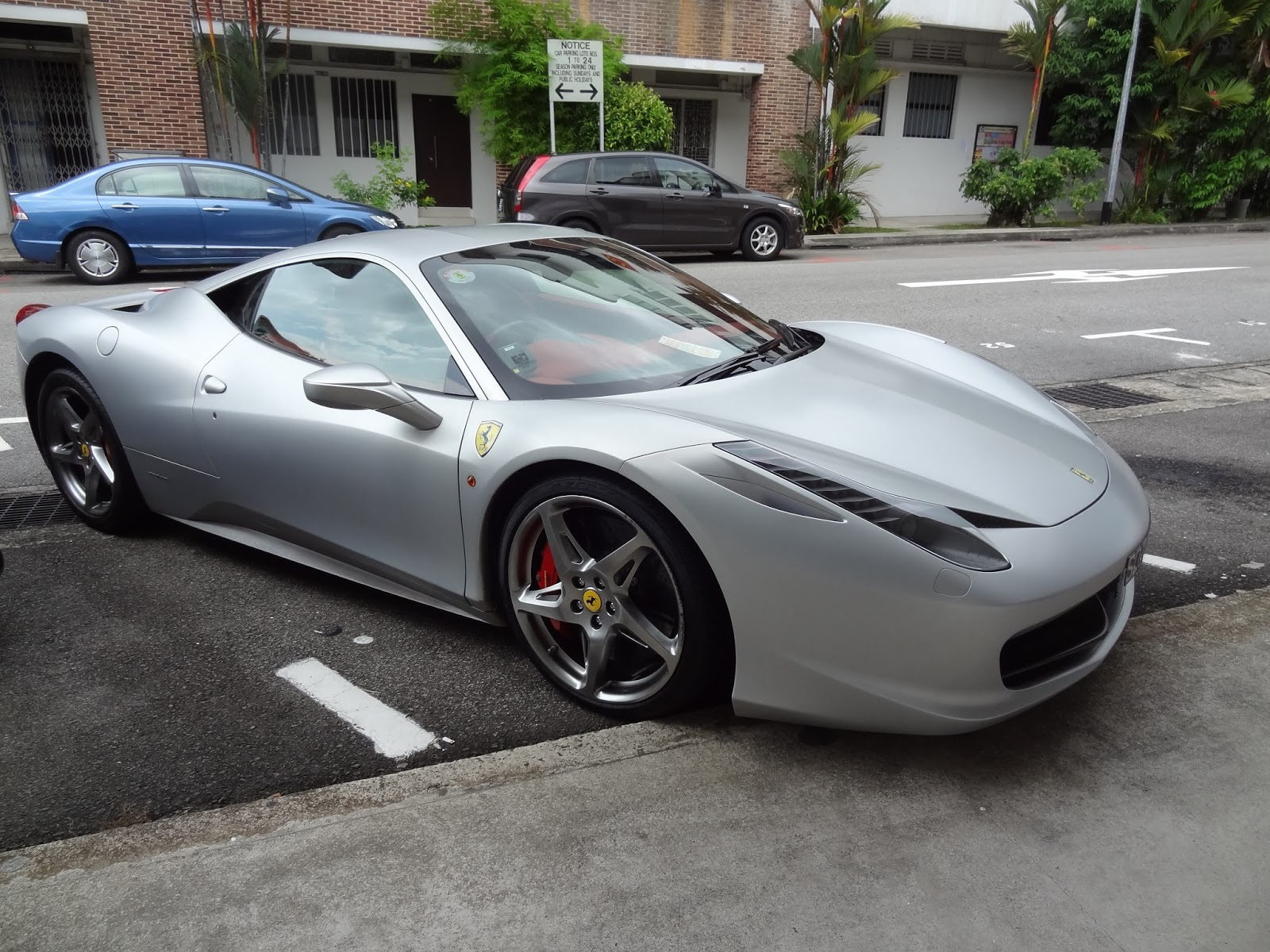 shaun owyeong ferrari 458 italia matt silver tiong bahru. Black Bedroom Furniture Sets. Home Design Ideas