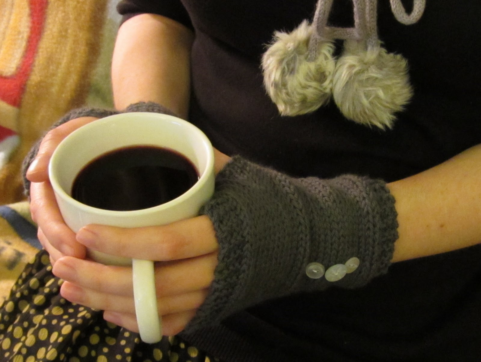 Easy Knitting Pattern Hand Warmers : Knitted Hand Warmers ~ Crafty Weekend: Craft projects for ...