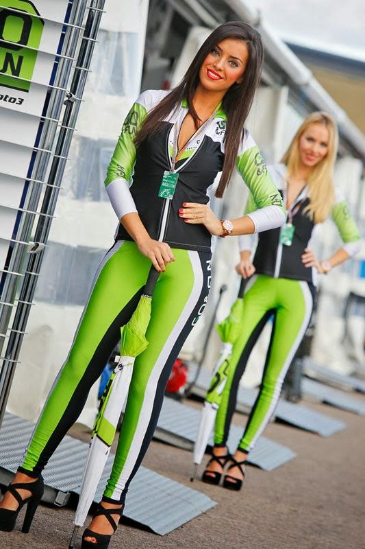 Gadis Payung Sexi MotoGP Aragon 2013 title=