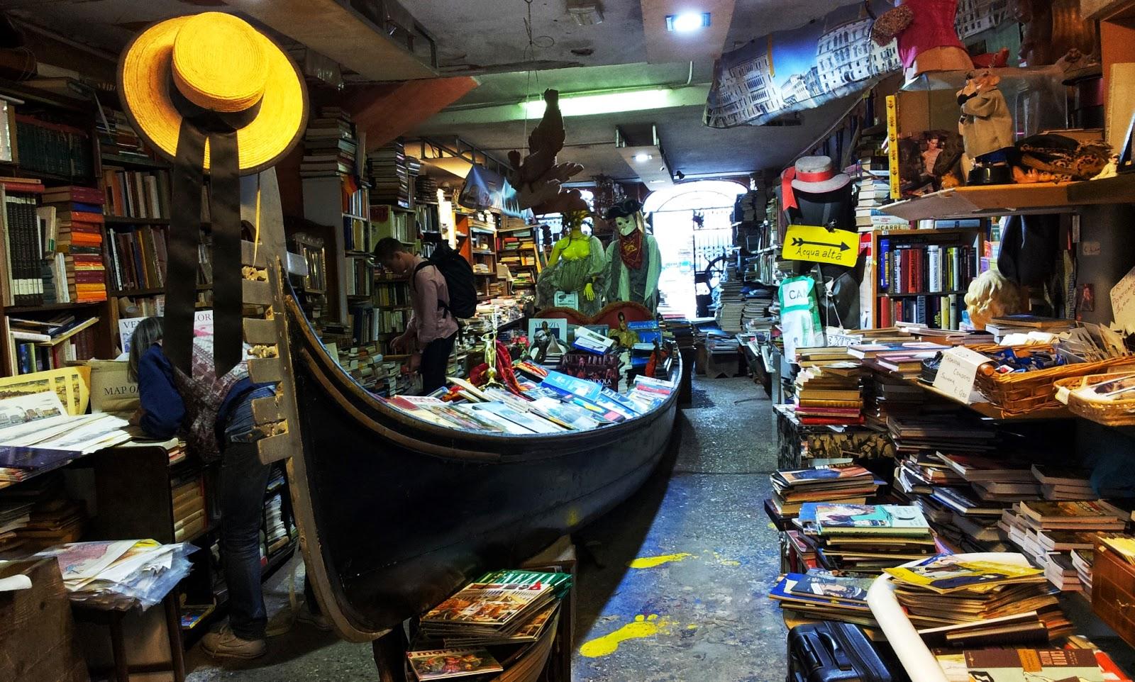 「Libreria acqua alta」的圖片搜尋結果
