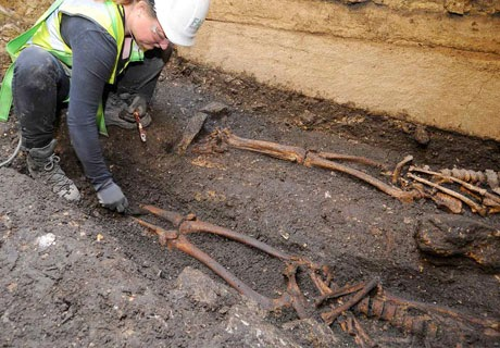 Archeologists Unearth Giant Human Remains Near Stonehenge