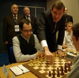 Echecs à Plovdiv : Silvio Danailov lance la ronde 3 © site officiel
