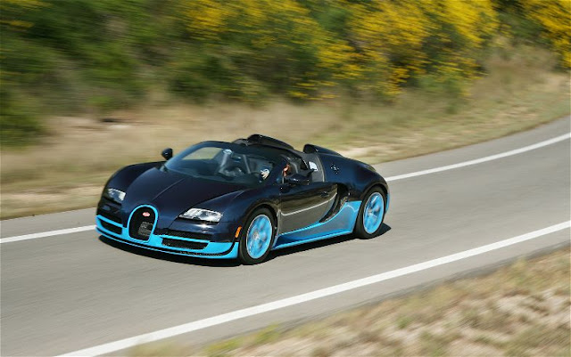 2013 Bugatti Veyron Grand Sport Vitesse front three quarter in motion