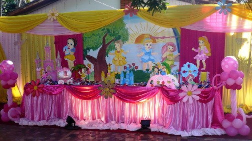 Fiestas infantiles princesas bebes parte 1 for Decoracion de princesas