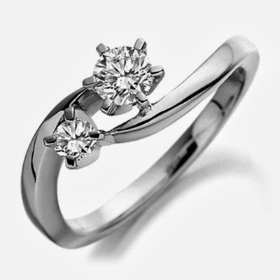 how to choose an engagement ring on a budget
