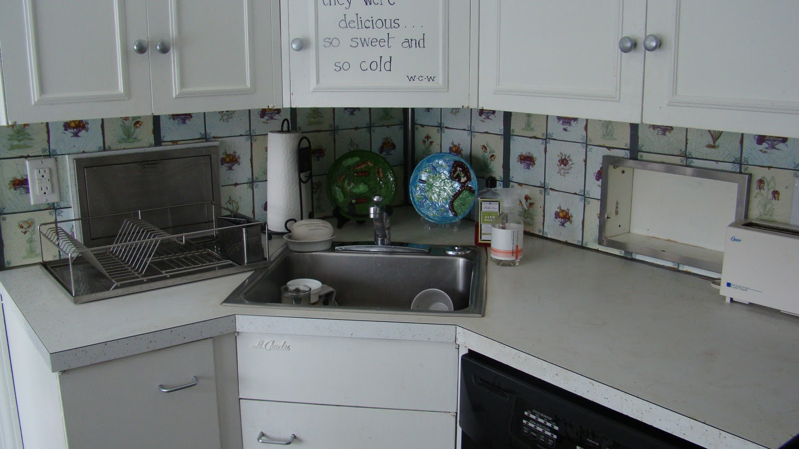 The mud kitchen corner office - Kitchen designs with corner sinks ...