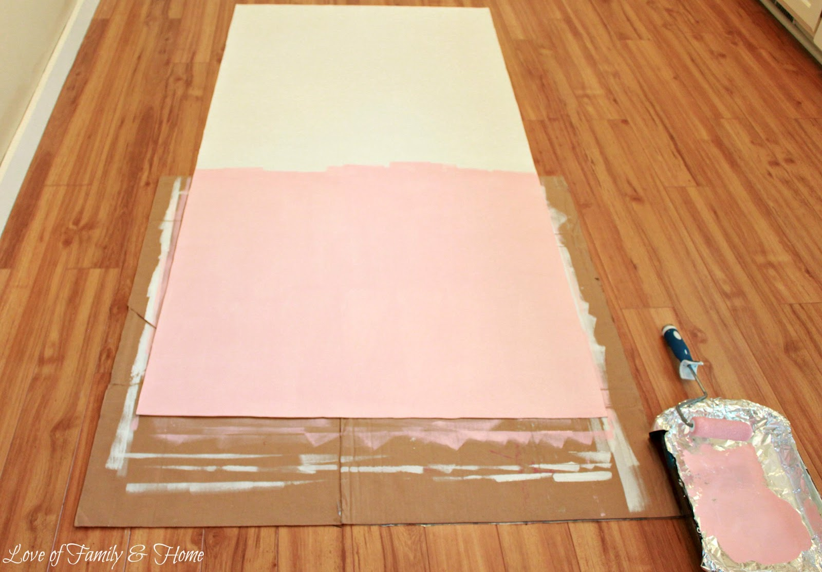 How to paint a rug using vinyl flooring love of for Paint old vinyl tile floor