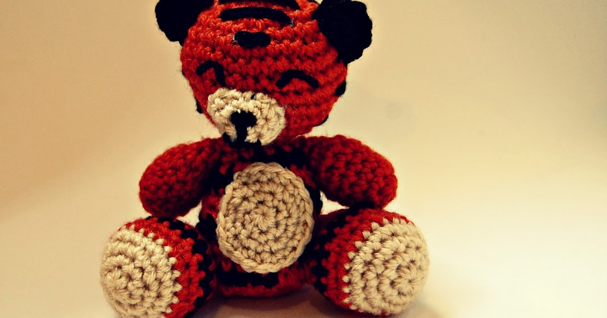 White Tiger Crochet Pattern Free : the geeky knitter: amigurumi tiger - free crochet pattern