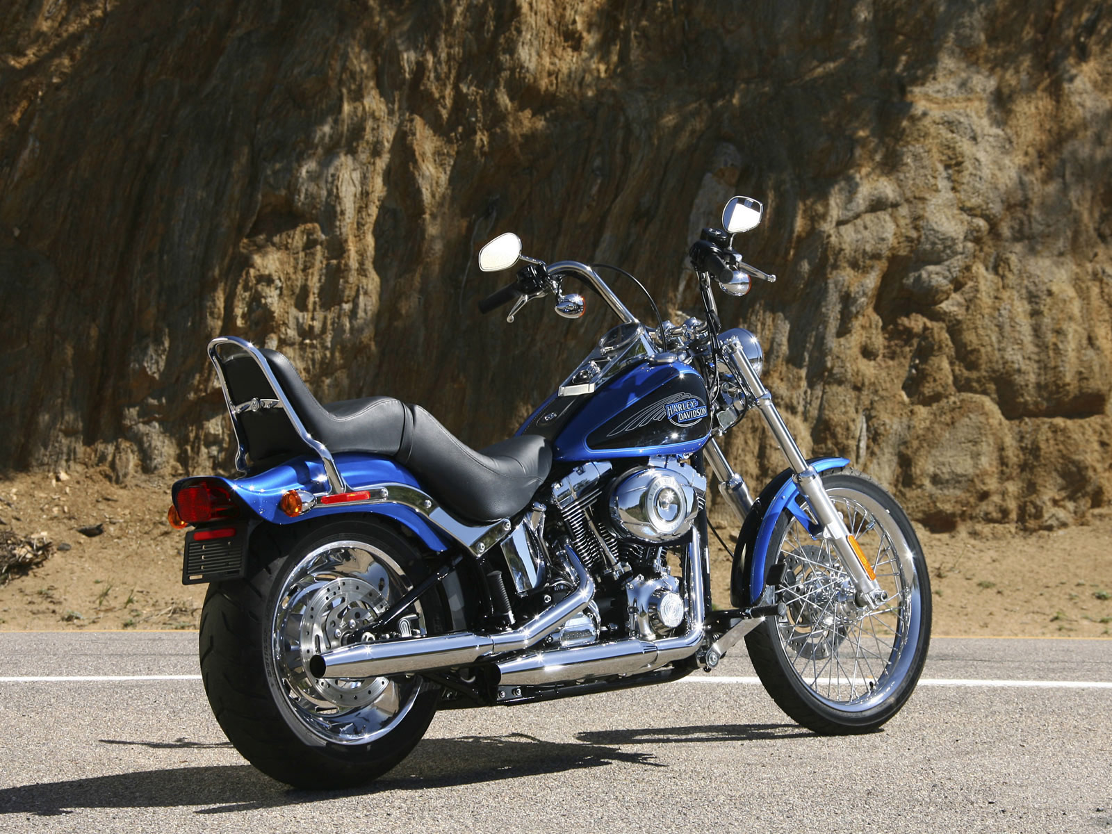 fxstc softail custom accident lawyers info pictures. Black Bedroom Furniture Sets. Home Design Ideas
