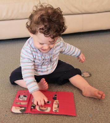 bebê,prendedor de roupa,atividades de coordenação motora fina, atividades de coordenação motora, coordenação motora fina, coordenação motora,educação infantil, anos iniciais