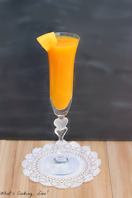 http://whatscookinglove.com/2013/11/mango-bellini-mocktail/