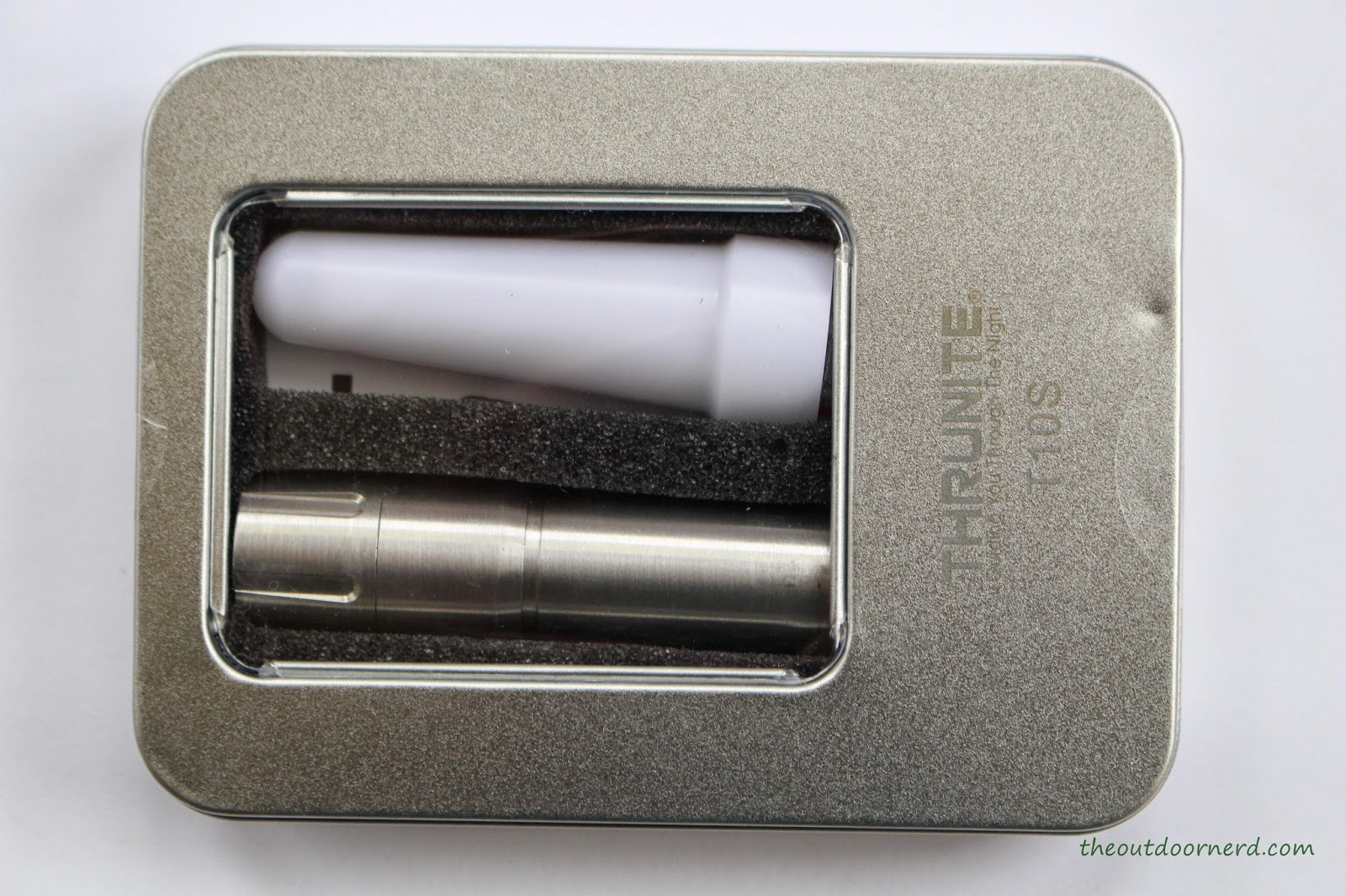 Thrunite T10S 1xAA Flashlight Packaging 1