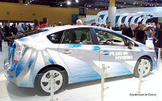 Modelo Prius auto ecológico híbrido
