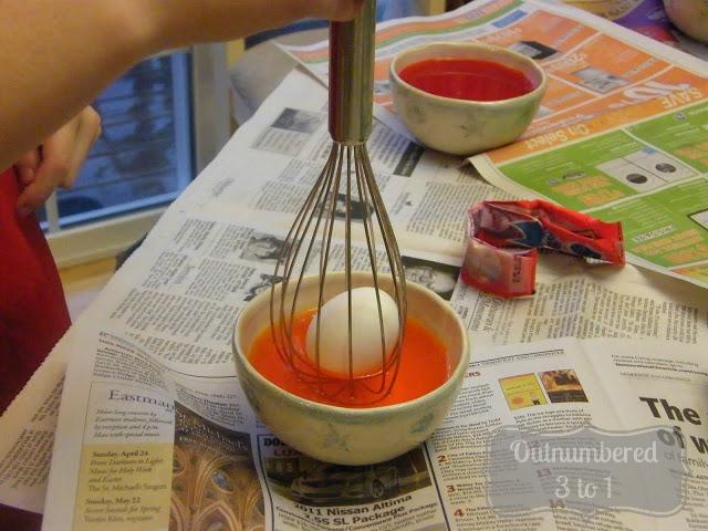 http://4.bp.blogspot.com/-j5fe7ZIByz4/UTD3JQAwEVI/AAAAAAAARZ8/3EwmFxFoAiM/s1600/color+eggs.JPG