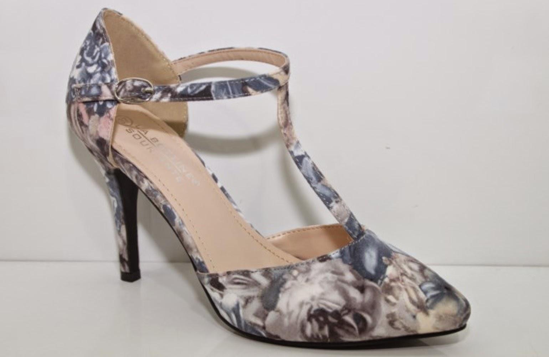 http://www.ebay.fr/itm/NOUVEAU-escarpins-femme-imprime-fleurs-bleu-marine-et-blanc-36-37-38-39-40-41-/301510408597?ssPageName=STRK:MESE:IT