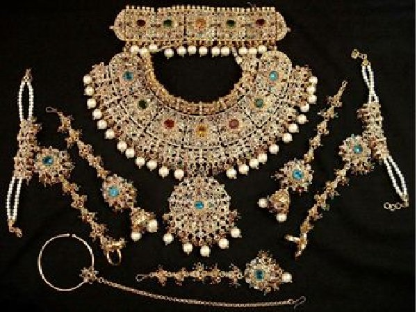 Fancy Gold jewelry, gold jewelry, Indian gold jewelry, gold