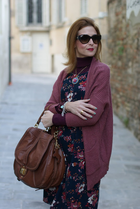 Romwe cardigan, vintage style flower dress, dolce & gabbana sunglasses,BVLGARI BZero ring