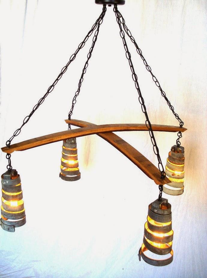 Lamparas Originales Para Baño: la madera curva de las barricas de vino original además de elegante