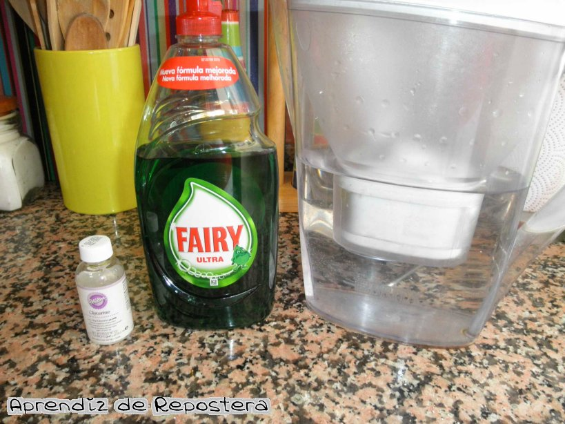 Aprendiz de repostera pompas de jab n - Como se hace el jabon de glicerina ...