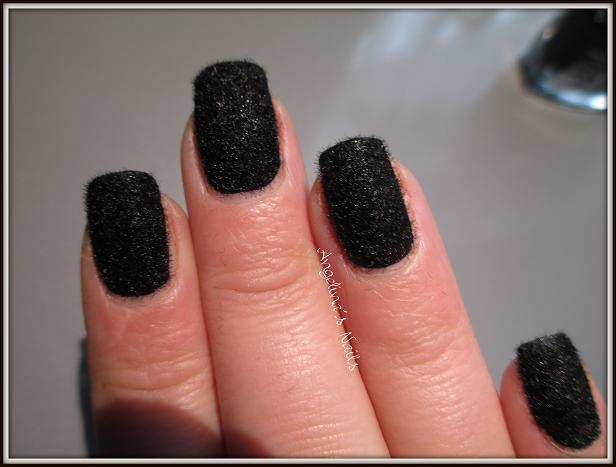 angelina s nails more flauschi n gel in schwarz. Black Bedroom Furniture Sets. Home Design Ideas