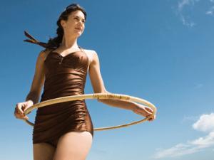 Wanita Cantik Hulahoop Olahraga