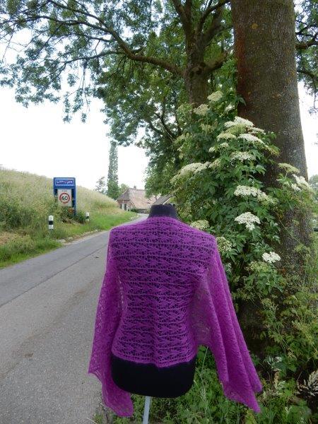 TE KOOP: Fuchsia roze kidsilk sjaal.
