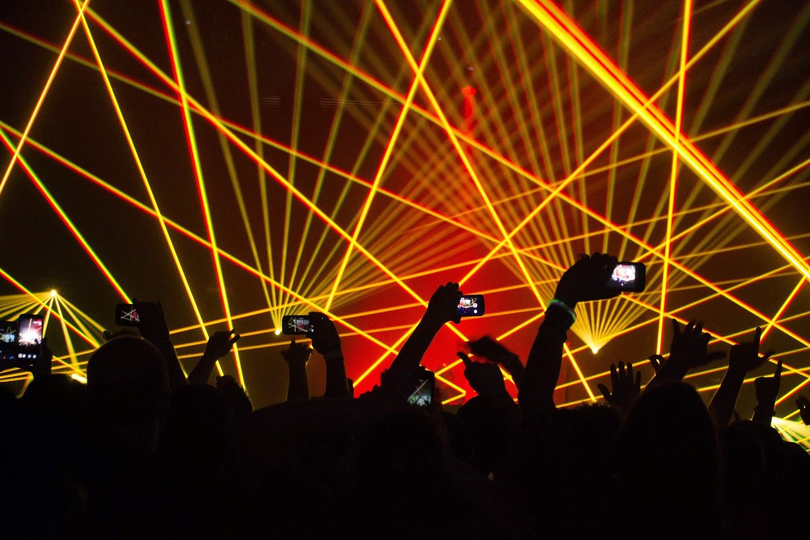 http://www.mrberryphoto.com/#!event/cyaq