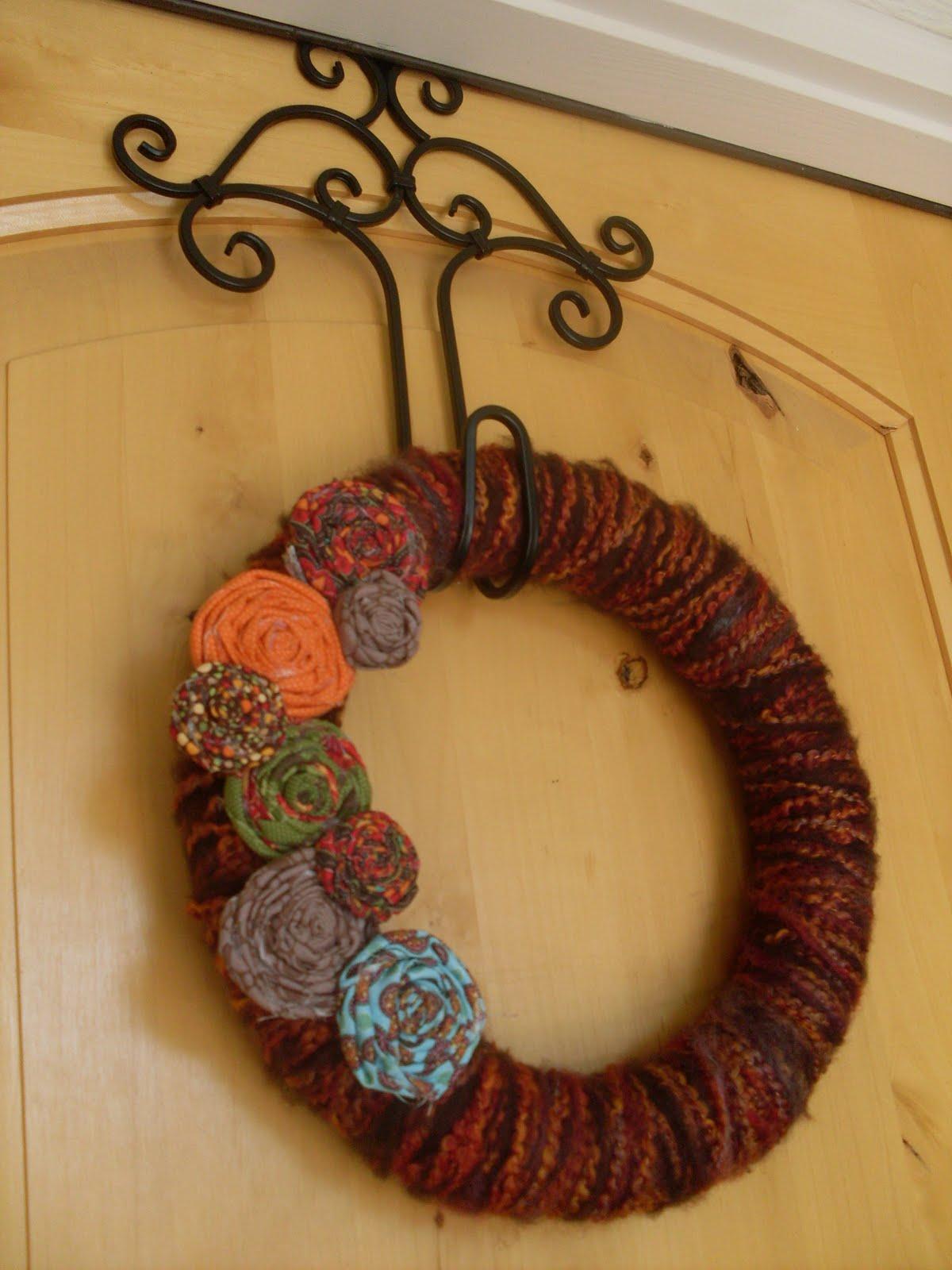 The Lind Family: Yarn Wreath