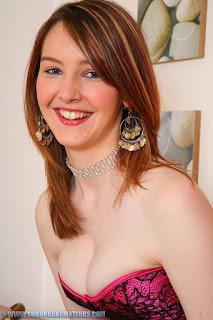 Hot Girl Naked - rs-IMG_0352-lg-709652.jpg