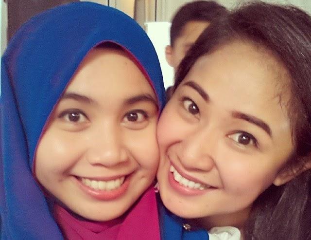 Blogger Selfie Laga Pipi
