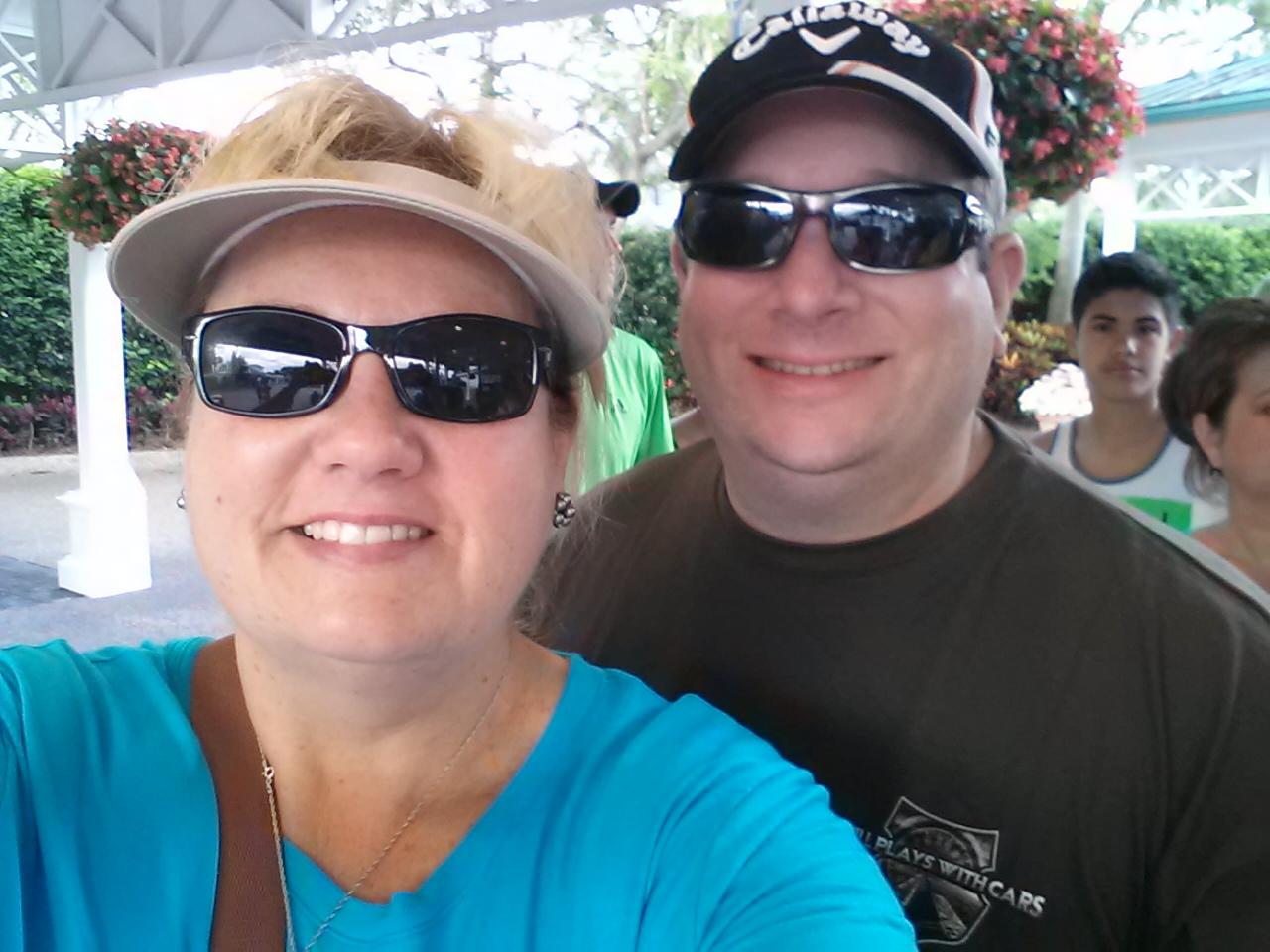 Sea World Orlando gives teachers free admission with their Teacher Study Pass program.