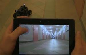 Robot muestra lo que ve y es controlado por PlayBook