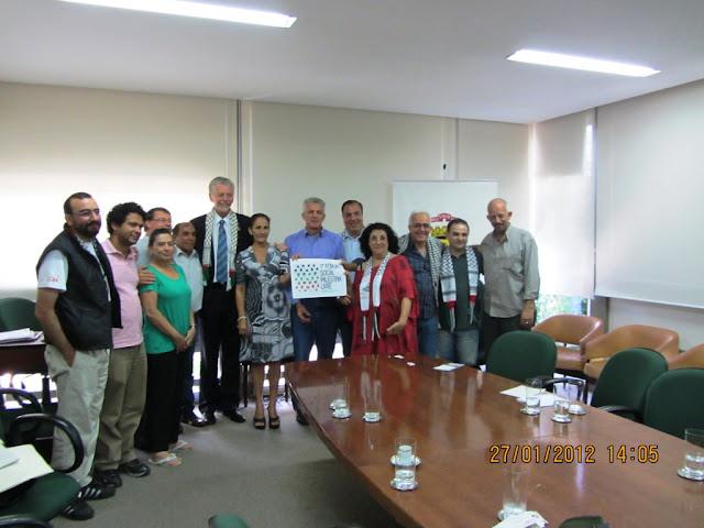 Prefeito de Porto Alegre recebe comunidade palestina e entidades
