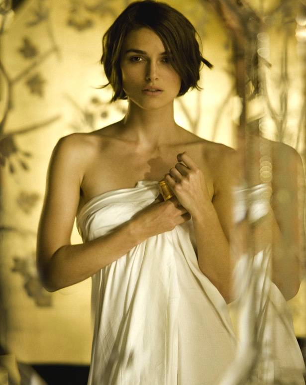 Keira Knightley : Top 10  Hottest Hollywood Actresses