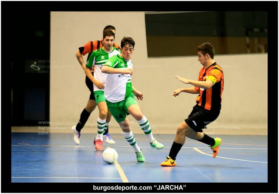 Un momento del partido del 1er equipo (Foto Jarcha)