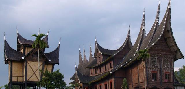Kelarasan Koto Piliang di Minangkabau