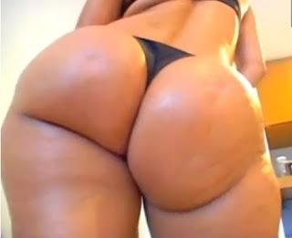 Latina ass tease