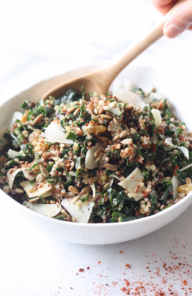 Kale & Quinoa Salad with Lemony Vinaigrette by SeasonWithSpice.com