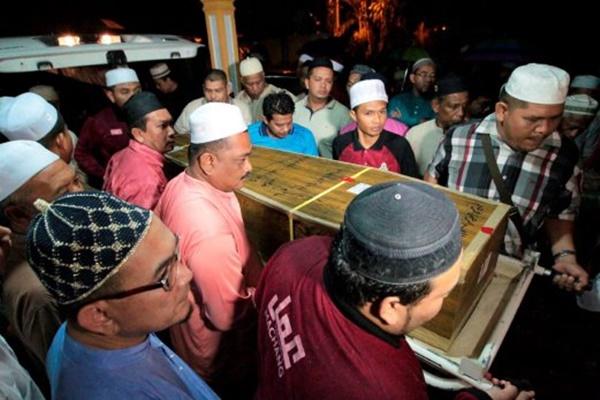 SAYU! Jenazah 3 Pelajar Malaysia, Mangsa Nahas Di Jordan Disemadikan