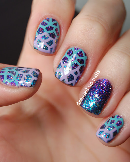 Dressed Up Nails - geometric pattern over a glitter-on-glitter gradient
