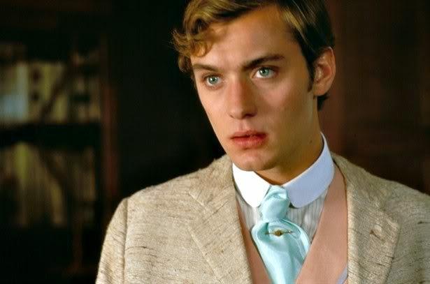 Jude Law est Bosie (Lord Douglas) dans Wilde, de Brian Gilbert (1997)