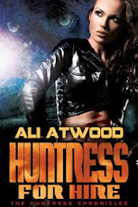 RECOMMENDED READ / 5 of 5 STARS TO   Huntress for Hire - Huntress Chronicles Book # 1