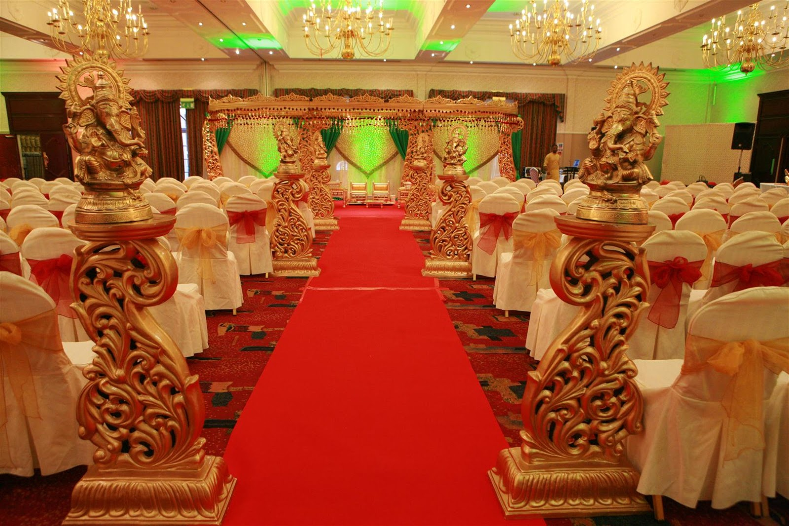 Royal wedding decorations romantic decoration asian wedding decorations mazs blog our favourite asian wedding decorations in coventry junglespirit