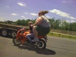 Pendura gorda andar de mota