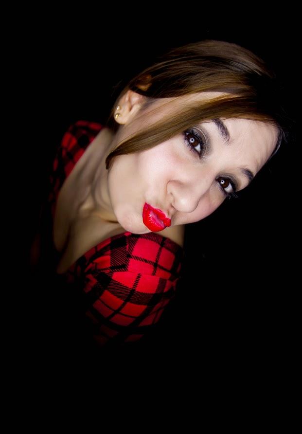 Beso labios rojos